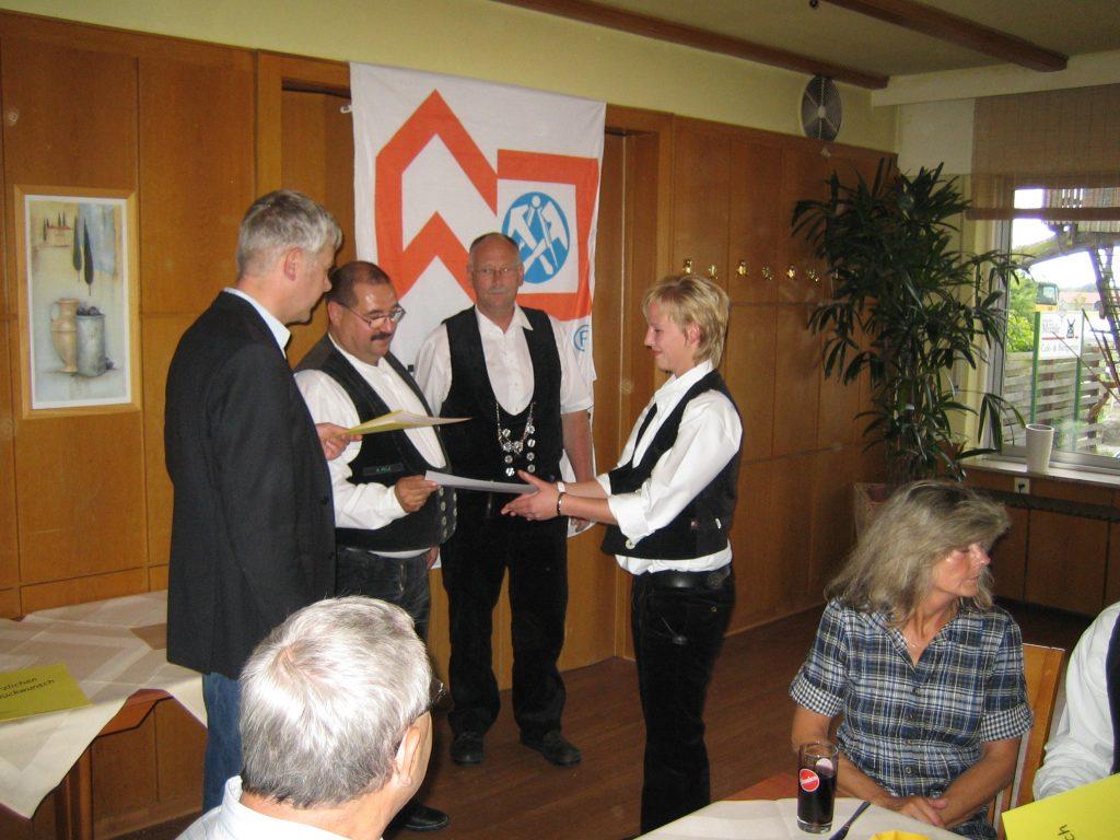 19.04.2009 Freisprechung Dachdeckerin Jaqueline Gerschler